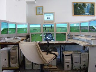 Multiple monitors by LAN for Flight Simulator | WidevieW and Widetraffic