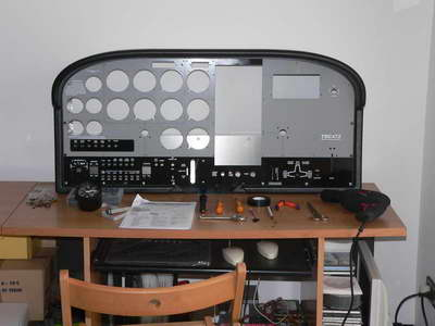 Assembling the instrument panel's case