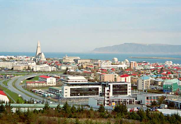 Tour di reykjavik e bagno nella laguna blu presso le for Casette di legno in islanda reykjavik